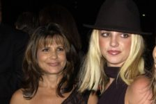 Britney Spears' mother files legal paperwork to be included in daughter's finances